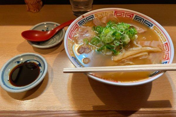 【宇奈月/甲賀市】マイルドな豚骨ベースが優しい味のラーメン