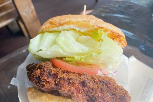 【SANDUBAS|湖南市】ブラジル人夫婦が作るボリュームたっぷりハンバーガー